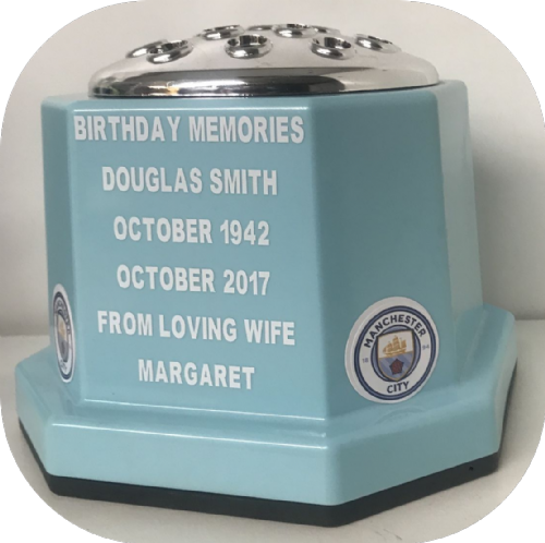 Manchester City F. C. football personalised Grave pot (1)